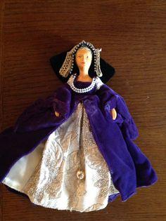 Vintage Peggy Nisbet tudor purple velvet lady doll