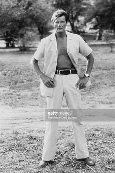 Publicity photo for JB. William Smith Actor, Hollywood Pictures, Tony Curtis, Roger Moore, James Bond, His Eyes, In This Moment, Film, Drama