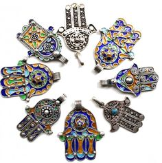 ooooh lalalaa how much do i love our collection silver Hand of Fatima pendants, also known as Hamsa or Khmissa....Brought to you by Fatima Oulad Thami, straight from the master silversmiths in the South of Morocco. All the designs our rooted in tradition and culture. By wearing a piece like this, you are not only warding off evil eye, but also showing off the beauty of Moroccan jewelry. www.handoffatima-webshop.nl