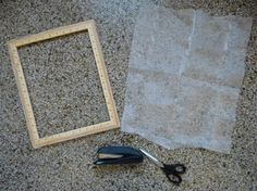 making a screen printing frame and print Screen Printing Frame, Print Ideas, Diy Projects To Try, Letterpress, Printmaking, Creative Ideas, Hand Carved, Print Patterns, Clever