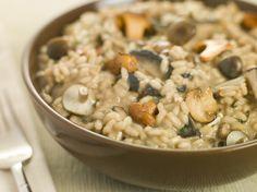 Uma receita de fusão, inspirada na cozinha italiana, que combina o sabor de um dos enchidos preferidos dos portugueses com um toque de mar
