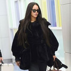 #CelebrityStyle  #Rihanna @badgalriri  #beauty #style #chic #glam #haute #couture #design #luxury #lifestyle #prive #moda #instafashion #Instastyle #instabeauty #instaglam #fashionista #instalike #streetstyle #fashion #photo #ootd #model #blogger #photography