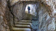 L'incredibile labirinto di gallerie della Grande Guerra nelle viscere del Corno Battisti in Pasubio. Le gallerie erano scavate sotto al  nemico per farlo saltare in aria con l'esplosivo. Escursione sorprendente e affascinante, unica nel suo genere, di un certo impegno fisico, indispensabile casco e pila frontale ●…