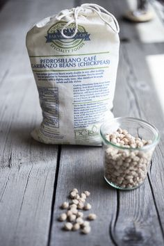 Pedrosillano Café Garbanzo Beans (Chickpeas) – Bowl & Pitcher