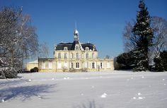 Château Fonréaud Listrac-Médoc : Un joli Listrac à découvrir. Nous recommandons tout particulièrement le vin blanc de la propriété, le Cygne, sans doute le meilleur blanc du Médoc !