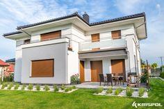 Rolety Zewnętrzne Krispol to solidne, ciepłe i trwałe produkty, które znajdują zastosowanie zarówno w standardowym budownictwie jak i tym energooszczędnym.