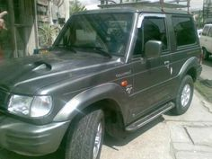 Hyundai Galloper II Exceed  Get to drive this lol.. Awesome Korean cars