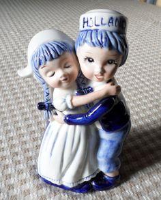 Vtg Ceramic Hand Painted Delft Blue Holland Hugging Dutch Boy Girl Figurine EC | eBay