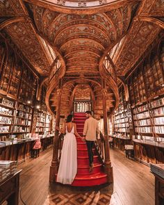 One of the prettiest libraries in Europe! Harry Potter Locations, Porto City, Best Instagram Photos, Douro Valley, Losing Friends, Portugal Travel, Travel Couple, Paris, Places To Travel