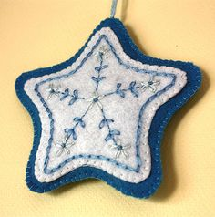 Christmas felt star by floria@net, via Flickr
