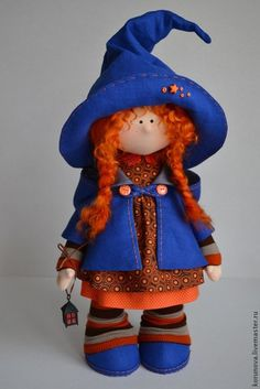 Elena Korunova's photos Halloween Quilts, Halloween Doll, Cute Halloween, Halloween Crafts, Halloween Witches, Red Hair Doll, Primitive Doll Patterns, Christmas Sewing, Kokeshi Dolls