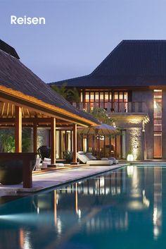 BVLGARI •   Die drei Hauptmerkmale, die das Bulgari Resort auf Bali auszeichnen, sind seine exponierte Lage, die Aufsehen erregende Mischung von traditionellem balinesischem Stil mit zeitgenössischem italienischem Design und das exklusive Serviceangebot, gepaart mit dem hohen Qualitätsanspruch, der den Kreationen des Hauses Bulgari seit jeher eigen ist.  Bilderserie anzeigen: http://www.imagesportal.com/home42.php