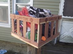 #review of Personalized Cedar Pet Toy Box from Woodlore