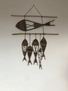 By stone willow Willow Weaving, Basket Weaving, Hand Weaving, Baskets On Wall, Wicker Baskets, Fish Wall Art, Sewing Baskets, Flower Girl Basket, Diy Garden Projects