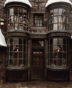 Harry Potter Collage, Harry Potter Background, Harry Potter Draco Malfoy, Harry Potter Pictures, Harry Potter World, Harry Potter Fandom, Slytherin Aesthetic, Harry Potter Aesthetic, Albus Dumbledore