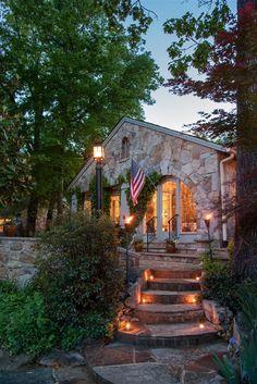 Chanticleer Inn Bed & Breakfast - Lookout Mountain, GA