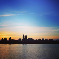 Sunset in Central Park. The Reservoir, Upper East Side, NYC  CLICK THE PIC and Learn how you can EARN MONEY while still having fun on Pinterest