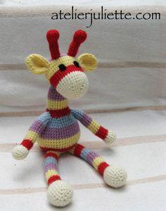 Peluche doudou Hugo la girafe au crochet : Jeux, peluches, doudous par atelier-juliette