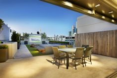 Nadia Gill Landscape Architect  - Albert Park Lake Penthouse Roof garden, in association with Schulberg Demkiw Architects.