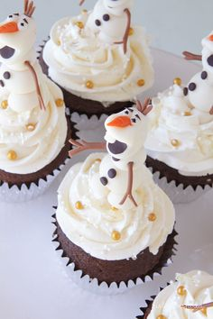 Olaf Cupcakes for Frozen birthday party