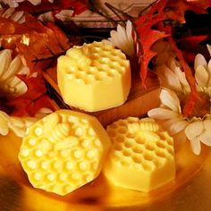 HoneyBee Melts Candles By Victoria, Bakery Bags, Wax Tarts, Bees Knees, Candle Wax, Scented Candles, Bath And Body, Ethnic Recipes, Sugar