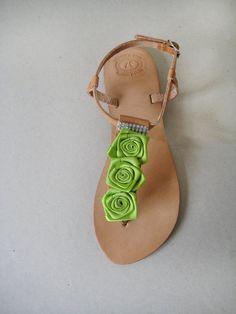 Sandals  Handmade Sandals decorated with green ribbon por MyMarmade, €36.00