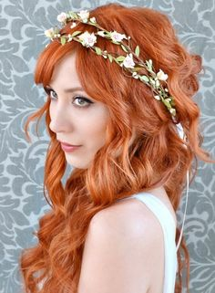 beautiful wedding hair garland crown - http://www.boomerinas.com/2014/10/17/woodland-wedding-dresses-ideas-for-wedding-2-or-3-or-4-or-whatever/