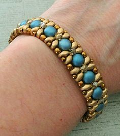 Linda\'s Crafty Inspirations: Bracelet of the Day: Demoiselle Bracelet - Blue…