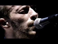 ▶ Coldplay - The Scientist [Live] - YouTube