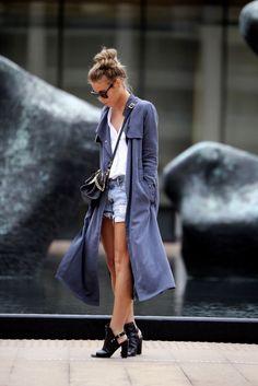 Look de inverno com casaco longo
