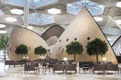 Aeroporto esbanja conforto com casulos. Novo terminal em Baku tem escala humana