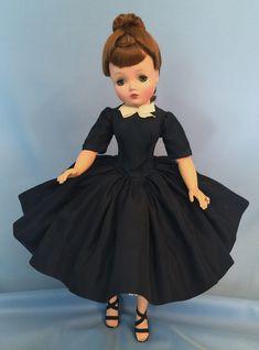 Madame Alexander Dolls, Vinyl Dolls, Hello Dolly, Vintage Dolls, Day Dresses, American Girl, Doll Clothes, Nostalgia, Girl Outfits