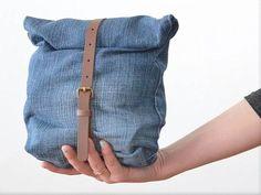 DIY tutorial: Upcycle Old Jeans Into A Bag via DaWanda.com