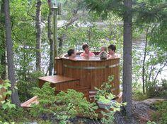 Kylpytynnyri, 4-6 henkilölle, ainutlaatuisin ratkaisuin. Halkaisija 150 cm, vesimäärä 1200 l. Puumateriaali on lämpökäsiteltyä mäntyä. Yksinkertainen  […]