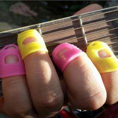 Guitar Ukulele Fingertip Protectors Silicone Finger Guards 2 Sizes Random Color #Unbranded
