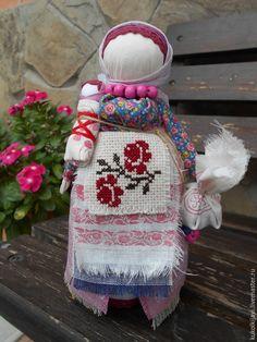 """Купить Кукла народная оберег """"Берегиня дома"""" - розовый, народная кукла, народные традиции"""