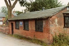 Brook Lane. This was originally the town's Reading Room, but was then used by A G Potter as his first workshop. It was demolished soon after this photo was taken, around 1983?