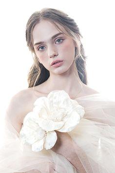 Pearl Cream, French Vanilla, New Theme, Black Print, White Flowers, Romantic, Pearls, Black And White, Snow Flakes