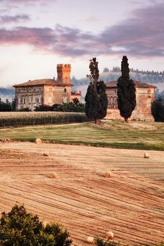 Luoghi - Italy pinned with Bazaart