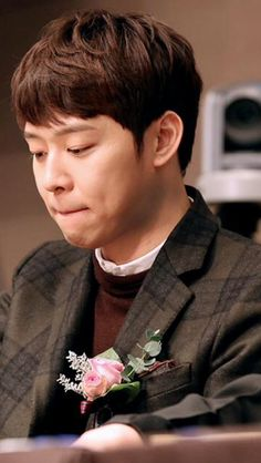What are you thinking of, Yoochun ❤️ JYJ Hearts