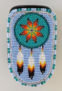 New Cheap Bags. The location where building and construction meets style, beaded crochet is the act of using beads to decorate crocheted products. Bead Embroidery Patterns, Seed Bead Patterns, Beaded Bracelet Patterns, Beaded Embroidery, Beading Patterns, Beaded Crochet, Crochet Bags, Native Beadwork, Native American Beadwork