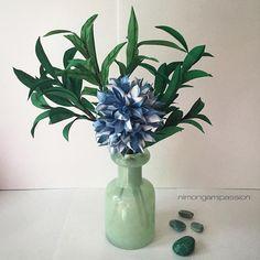 Filler with flower.