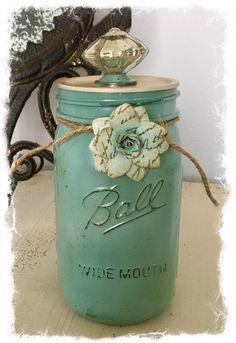 Rustic Mason Jars, Mason Jar Gifts, Mason Jar Diy, Vases, Mason Jar Centerpieces, Jar Crafts, Bottle Crafts, Easter Crafts, Bottle Art