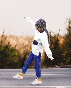 Muslim Fashion, Modest Fashion, Hijab Fashion, Girl Fashion, Fashion Outfits, Womens Fashion, Fashion Clothes, Casual Hijab Outfit, Hijab Chic