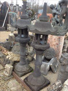 Antieke arduinen sierstukken voor Tuin/ vogelhuisje??.. tuinverlichting??.. te Koop bij medussa / heist op den berg