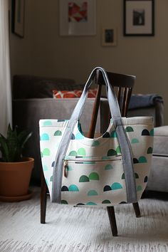 Poolside Tote by Anna Graham/Noodlehead