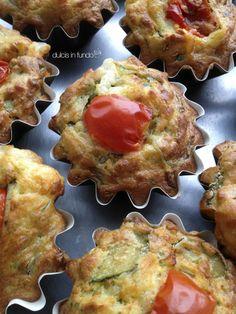 HAPPY HOUR! Muffin salati con zucchine e pomodorini datterini by dulcis in fundo
