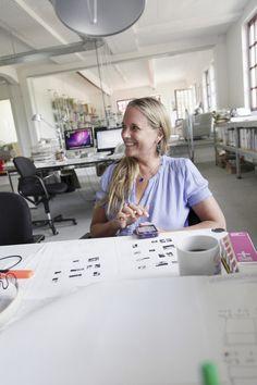 Jessica Backhaus will soon publish her new book ONCE, STILL AND FOREVER   http://www.artbooksheidelberg.de/html/detail/en/jessica-backhaus-978-3-86828-323-5.html (Foto: Benjamin Mouly)