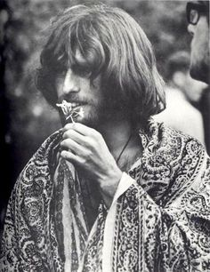 Hippie Guy - why can't all the guys look and dress like this now days? Why?