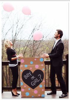 Gender Reveal party with friends and family! This is how I want to announce the sex of our baby!